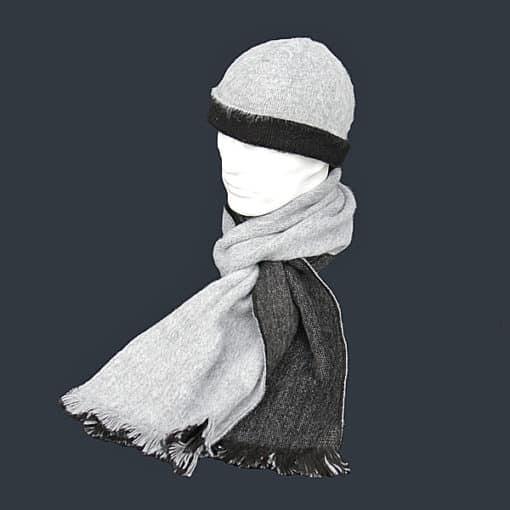 Alpacahue-og-Alpacahalstoerklaede–sort-graa